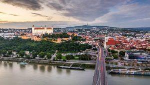 اقامت اسلواکی از طریق خرید ملک